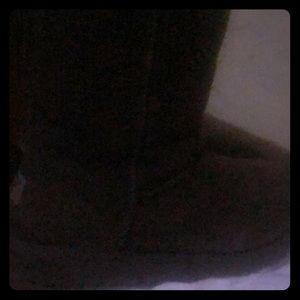 I'm m selling all Ugg's products